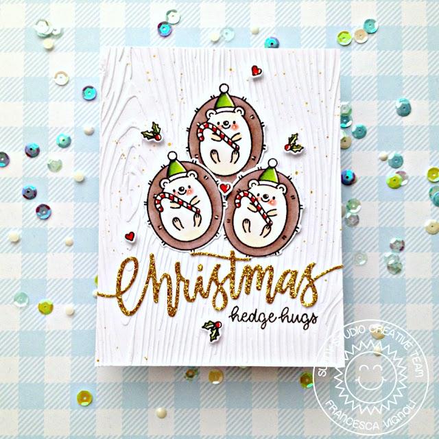 Sunny Studio Blog: Handmade Hedgehog Holiday Christmas Card by Franci Vignoli (using Hedgey Holiday Stamps, Christmas Garland Frame Die & Woodgrain Embossing Folder)