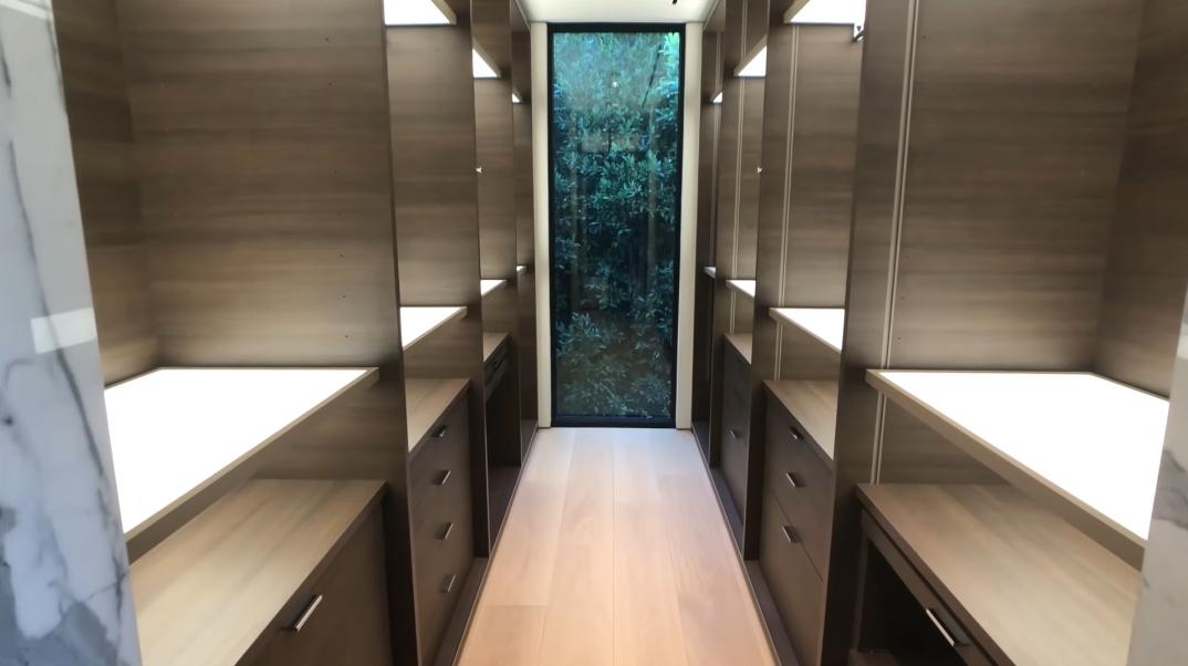 43 Interior Design Photos vs. 1231 Lago Vista Dr, Beverly Hills, CA Ultra Luxury Modern Mansion Tour