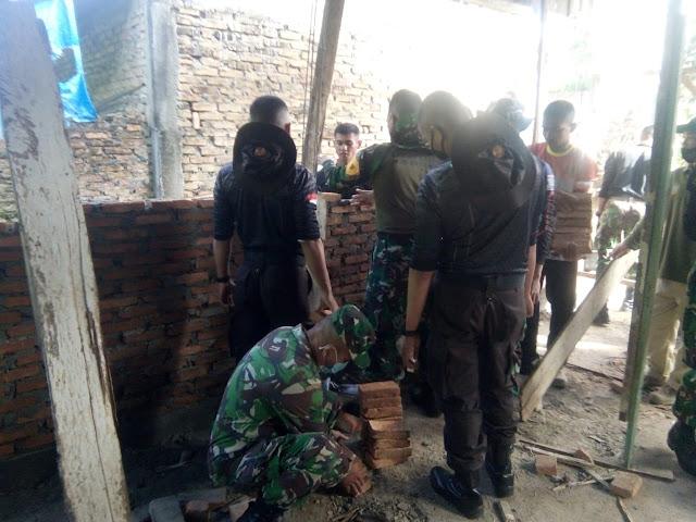 Personel Jajaran Kodim 0207/Simalungun Laksanakan Karya Bhakti Diwilayah Kecamatan Sondi Raya