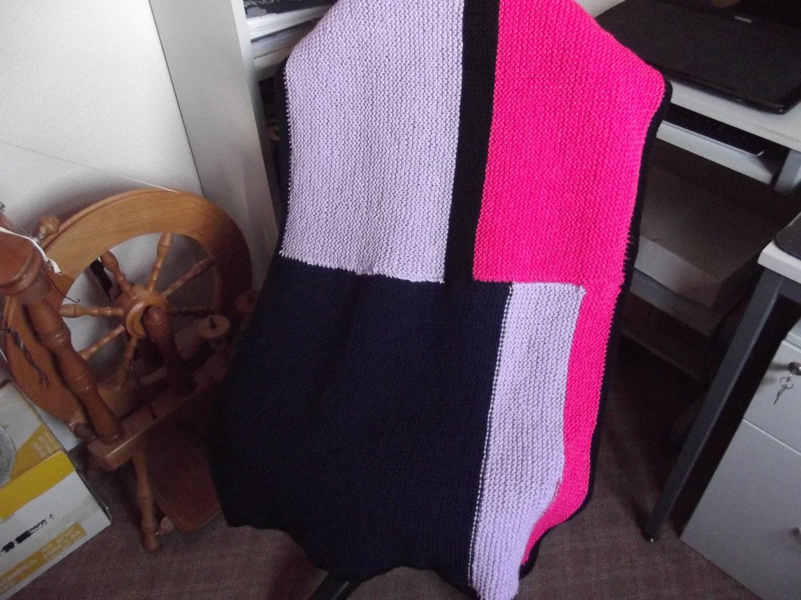 Battersea Dog Coat Knitting Pattern : Stitching-stars
