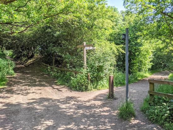 The right turn onto Ayot Greenway - point 4