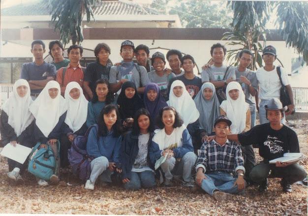 Foto bersama di KPH Madiun Perhutani Unit II Jawa Timur