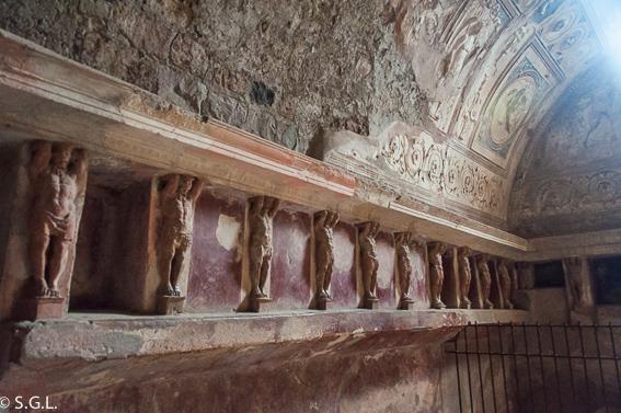 Termas del foro de Pompeya, las ruinas de la ciudad romana