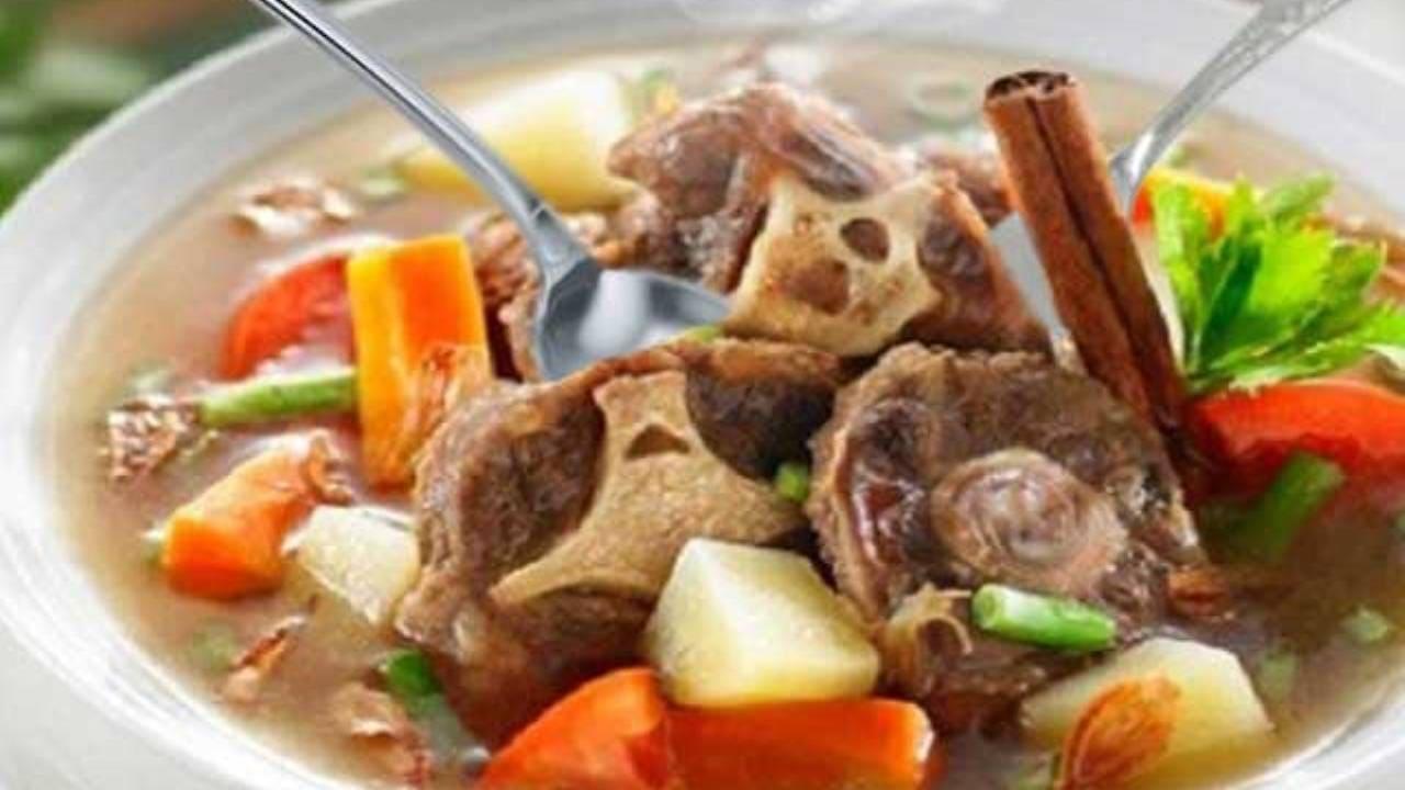 Cara-Membuat-Sup-Buntut-sapi-Asam-Segar