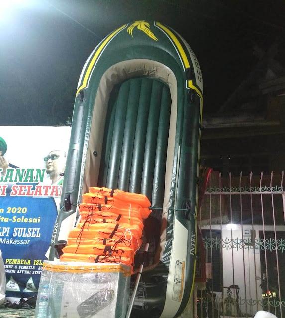 Dapat Sumbangan Dua Perahu Karet, FPI Senang