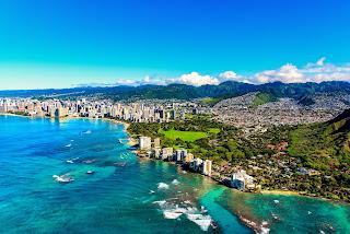 Best Honeymoon Destinations in December hawaii