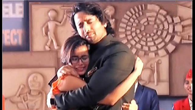 GOOD NEWS : Abeer and Mishti's passionate hug exposing evil Meenakshi in Yeh Rishtey Hai Pyaar Ke: