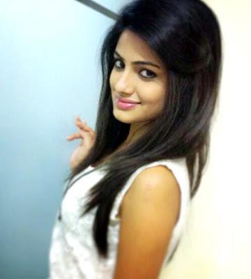 Kumpulan Foto Terbaru Asha Negi