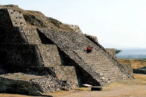 diaforetiko.gr : 4 Την πόλη Τούλα των Τολτέκων, στο Μεξικό, την έφτιαξαν εξωγήινοι;;;