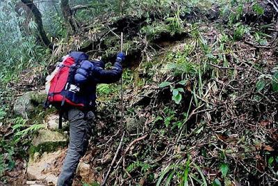 Khám phá  đỉnh ngọn núi cao nhất Ngũ Chỉ Sơn (Phần 2)