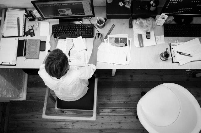 Cara melamar kerja: buat resume (CV) yang baik