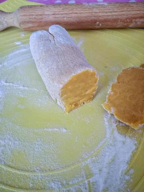 Formazione salame di farina di ceci