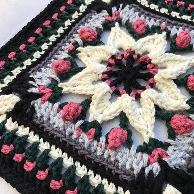 Granny Afghan Floral (PDF descargable)
