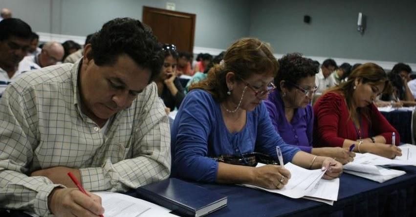 Rechazan Proyecto de Ley para reponer a exdirectores de colegios que desaprobaron en examen