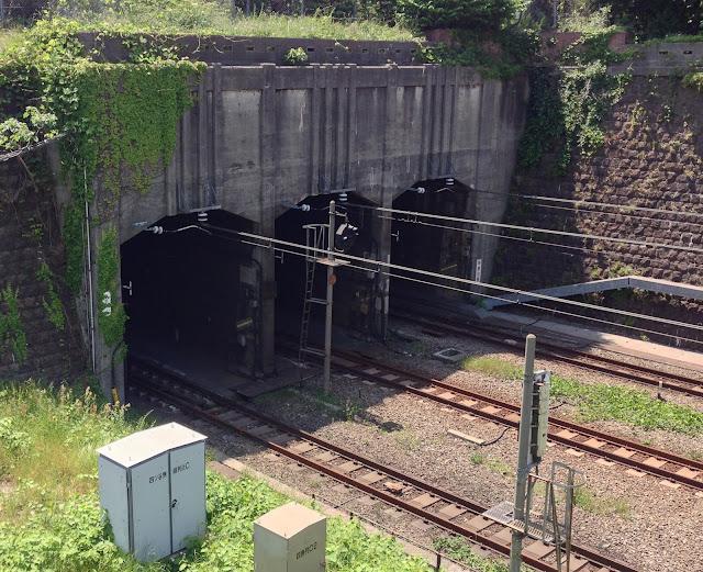 [IMAGE] 新御所トンネル