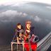 Üçüncü Köprü Üzerine Tırmanan Türk ve Arkadaşı