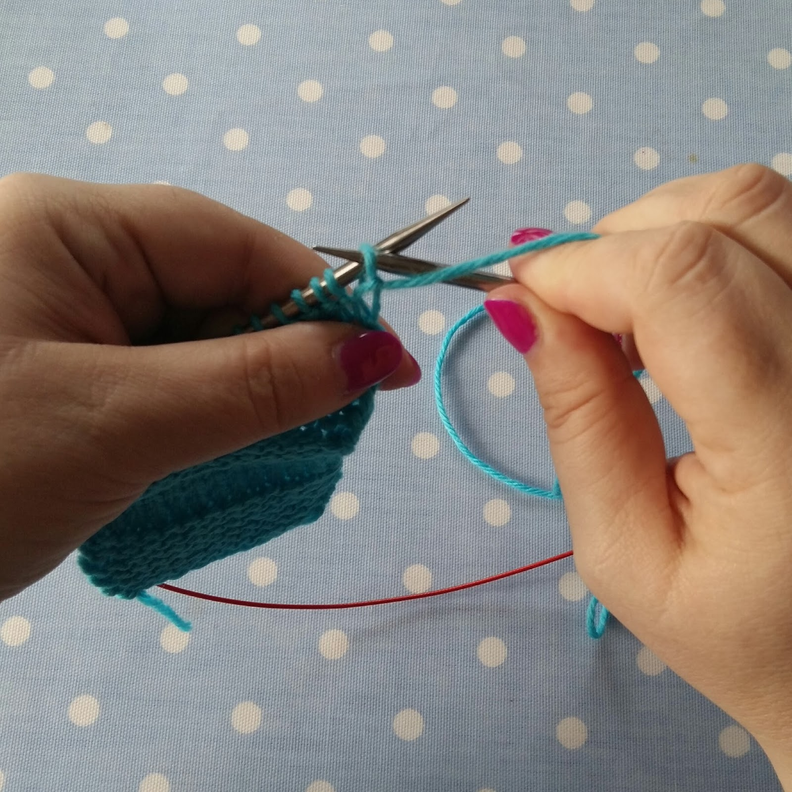 Knitting Stitches Slip Purlwise : Confessions of a YarnAddict: Mini Tip Monday - Slipping Stitches