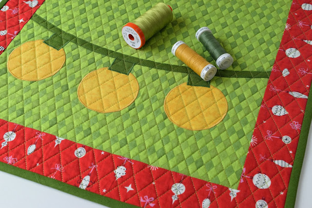 Quilted blooms christmas