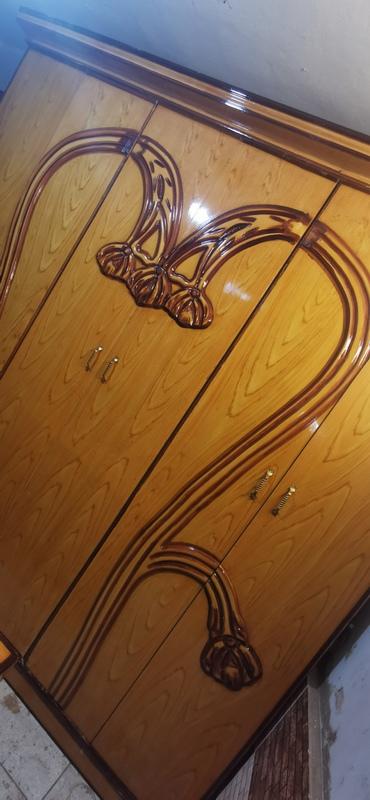 غرفة نوم مستعمله 6 ضلفة بسعر مناسب 4