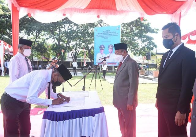 158 Kepala Sekolah SD dan SMP di Lombok Utara Disumpah Jabatan | Suara Bumigora