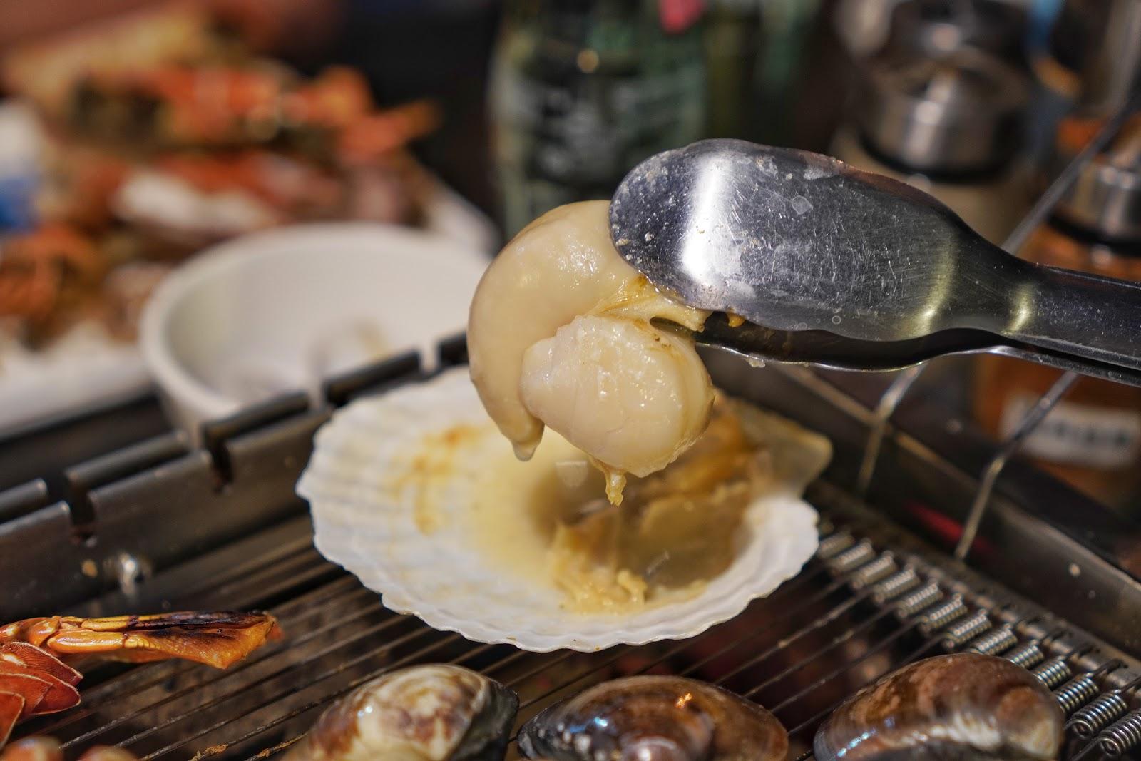 台南安平區美食【請上桌國際港灣】大扇貝