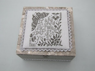 caja, boite, box, cartonnage, punto cruz, point croix, cross stitch