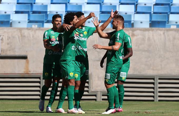 Com um gol em cada tempo, Cuiabá vence e abre vantagem na semifinal do Mato-grossense