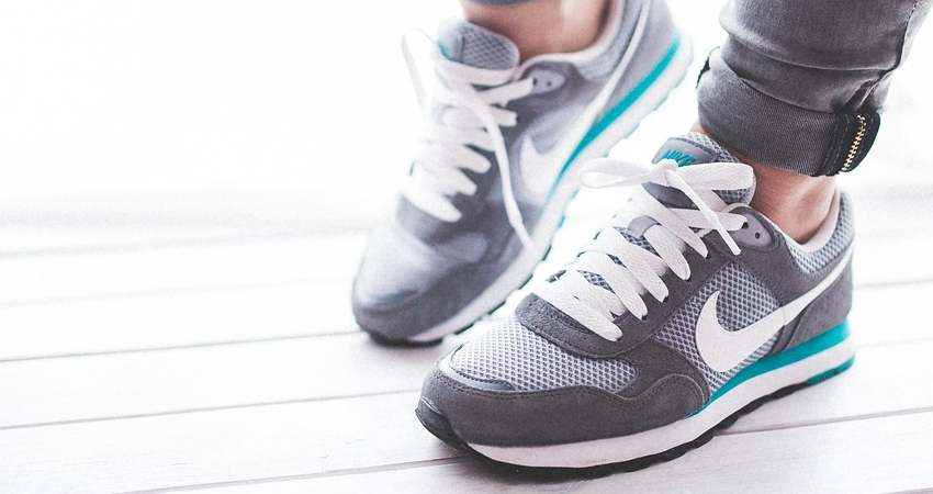 Top 5 Best Selling and Highest Rated Stylish Shoes for Men