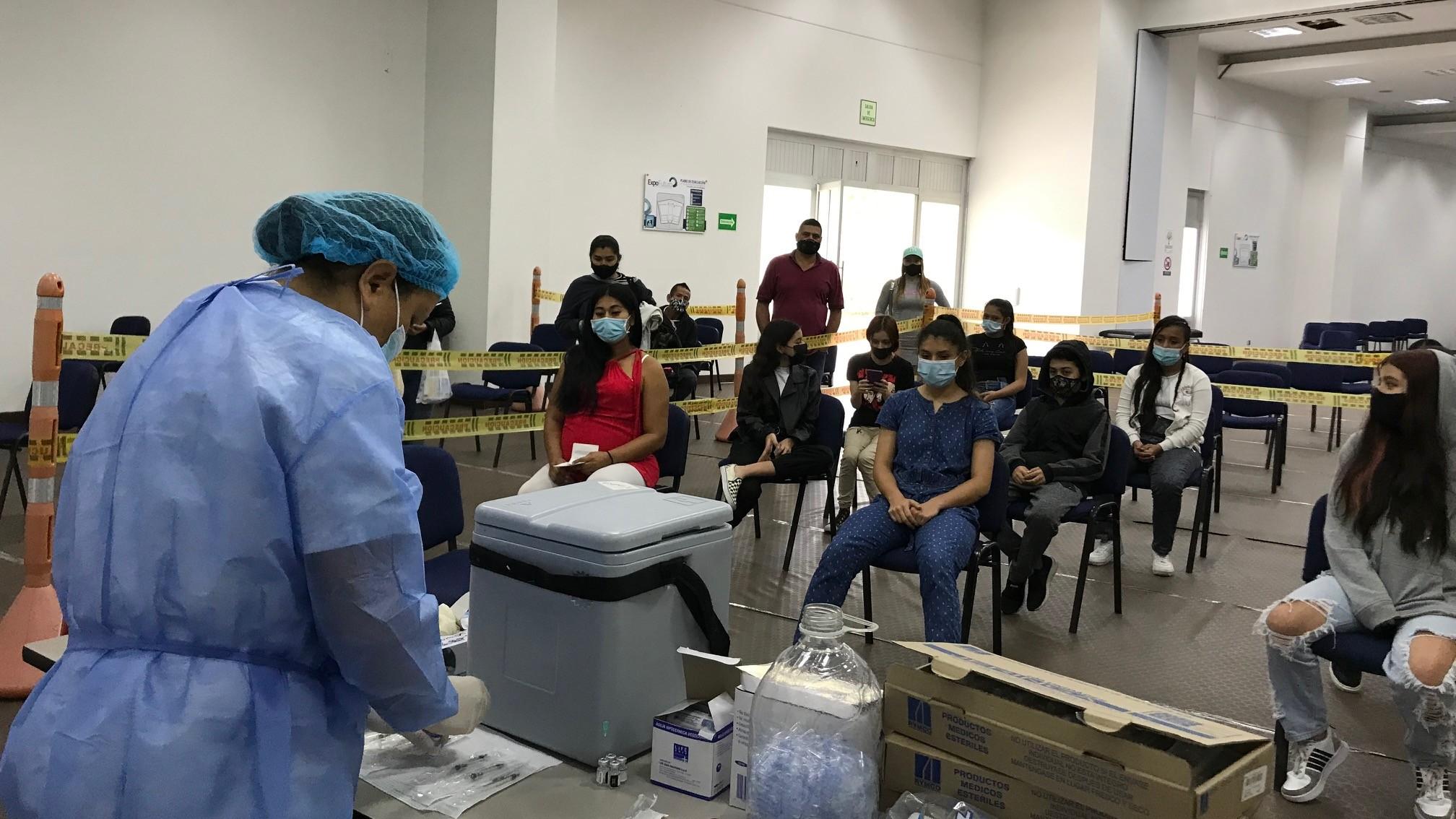 Continúa la vacunación Covid-19 para los niños de 12 a 17 años y gestantes en los puntos de la ESE Salud Pereira