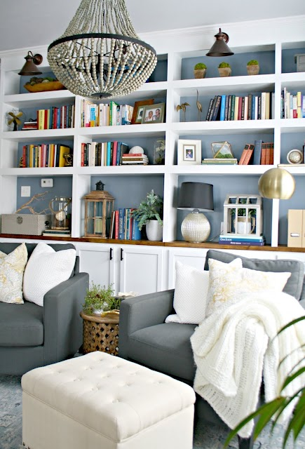 Sitting room library with bookcases