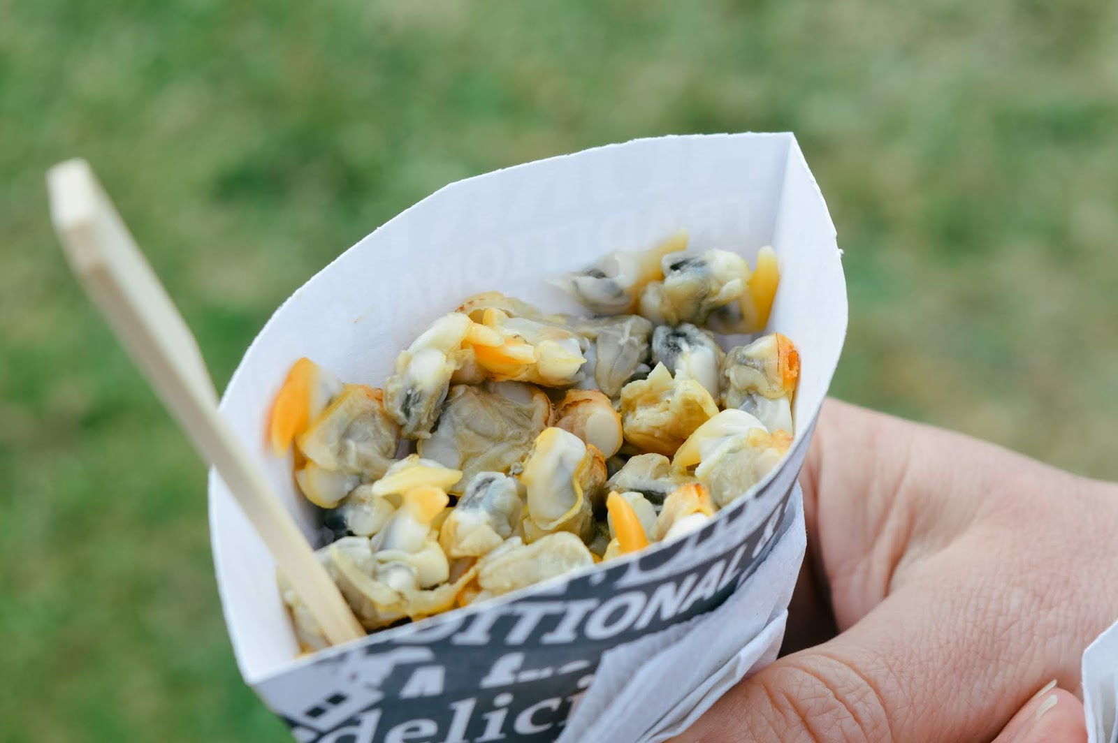 Mudeford Seafood Festival Review | Cockles with vinegar and salt
