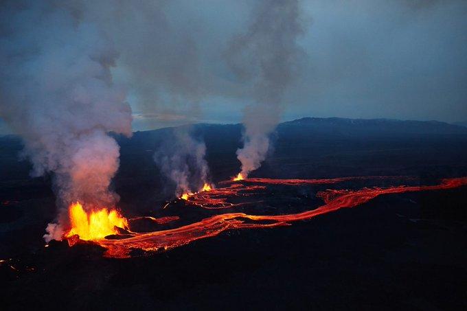 Εξερράγη το ηφαίστειο Fagradalsfjall στην Ισλανδία - Δείτε τη «ζωντανή» μετάδοση