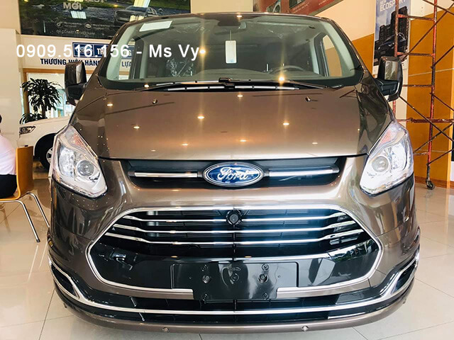 "Ford Tourneo 2019 - a large MPV model with many ""unique goods"""