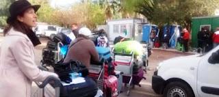 Desde hoy y por tres meses, el aeropuerto tendrá el triple de movimiento debido a que ofrecerá vuelos de que no pueden salir de Mendoza. La escasez de baño, otro problema.