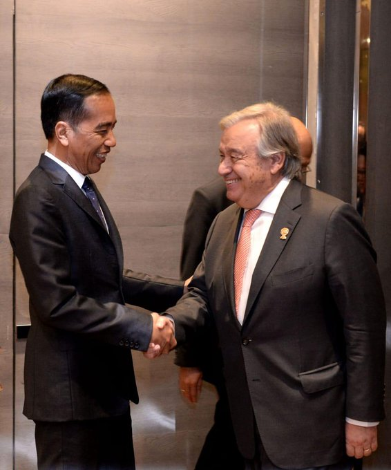 Yang Tidak Dikatakan Jokowi Saat Bertemu Sekjen PBB