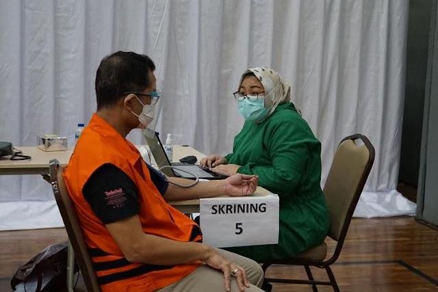 39 Tahanan KPK Telah Divaksin, Termasuk Edhy Prabowo dan Juliari Batubara