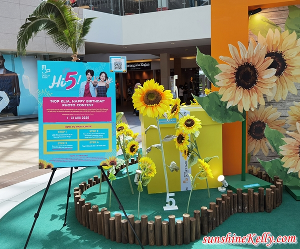MITSUI Outlet Park KLIA Sepang, 5th Anniversary Celebration, Japan Outlet Mall, Malaysia Outlet Mall, Sunflower Decor,  Malaysia Shopping, Lifestyle