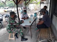 Babinsa Koramil 0802/01 Kota Ponorogo Ajak Warga Untuk Terus Tegakkan Disiplin Protokol Kesehatan