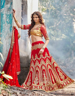 Indian-designer-bridal-lehenga-saree-fashion-trends-for-girls-1