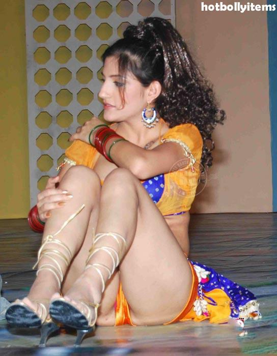 Shruti hasssan Unseen rare hot photos