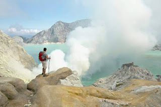 Ijen Crater tour package from Banyuwangi
