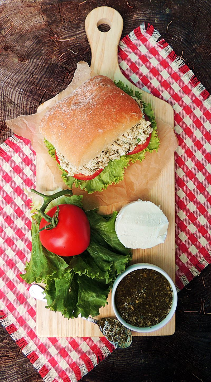 Creamy Pesto Chicken Sandwiches for National Picnic Month from www.bobbiskozykitchen.com