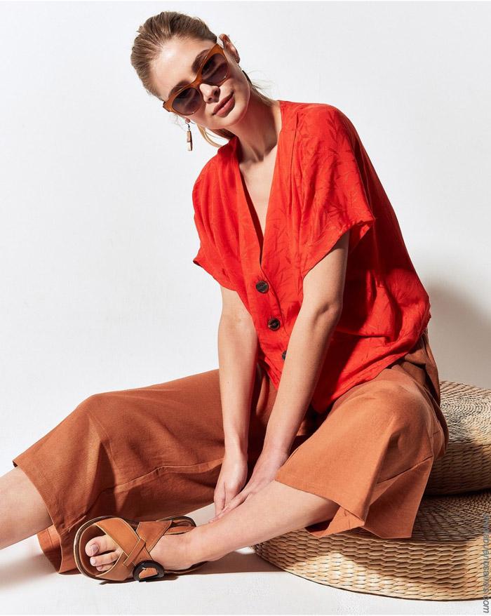 Camisas con botones a la vista primavera verano 2020 moda mujer.