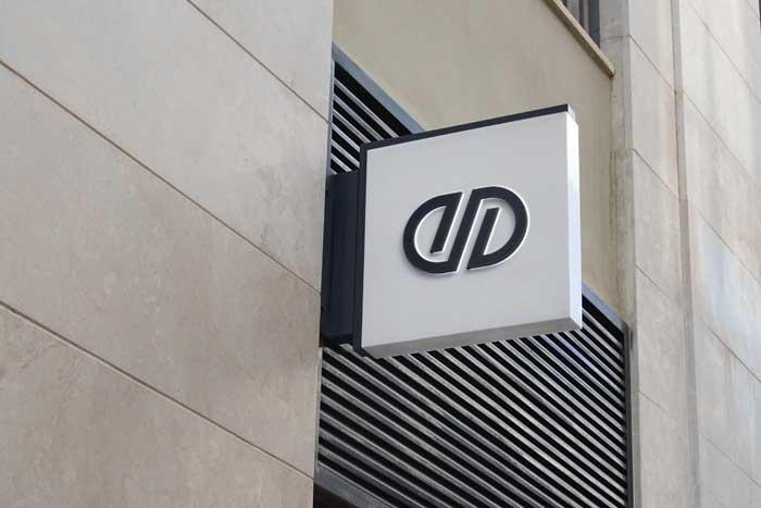 3D Premium PSD Logo Mockup