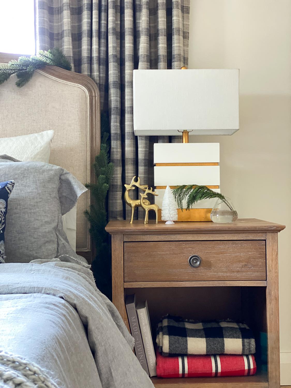 7 Christmas Bedroom Decor Ideas To Last All Winter Long Rambling Renovators
