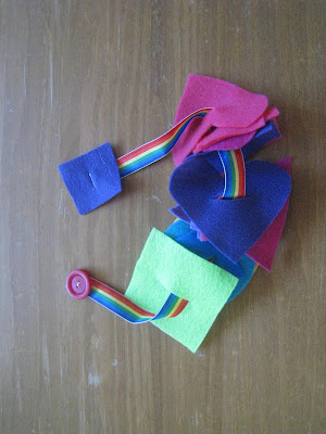 button snake- busy bag