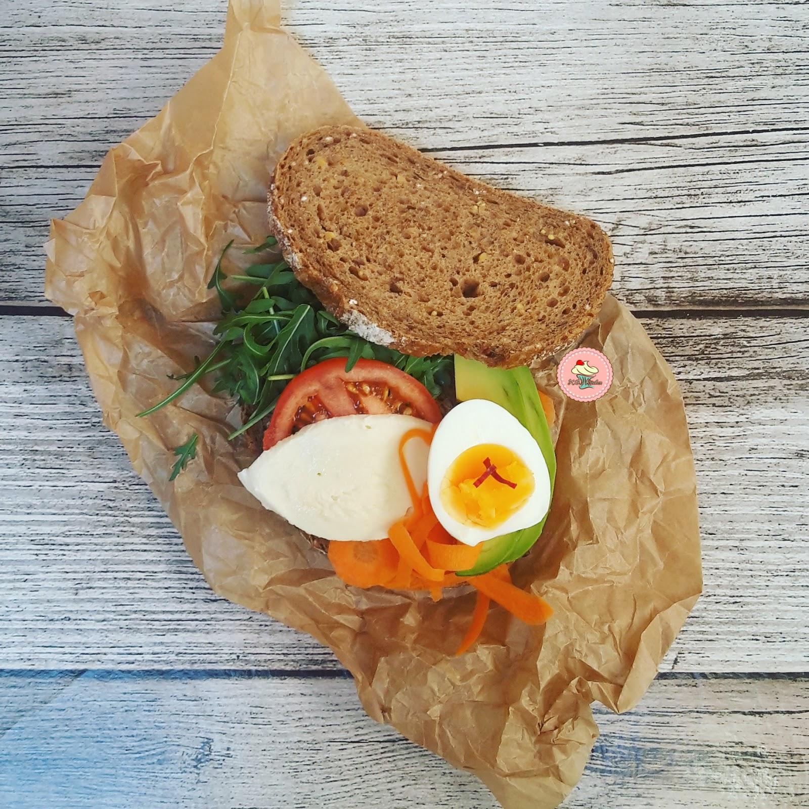Avokadolu Taze Sarımsaklı Ekmek Dilimleri