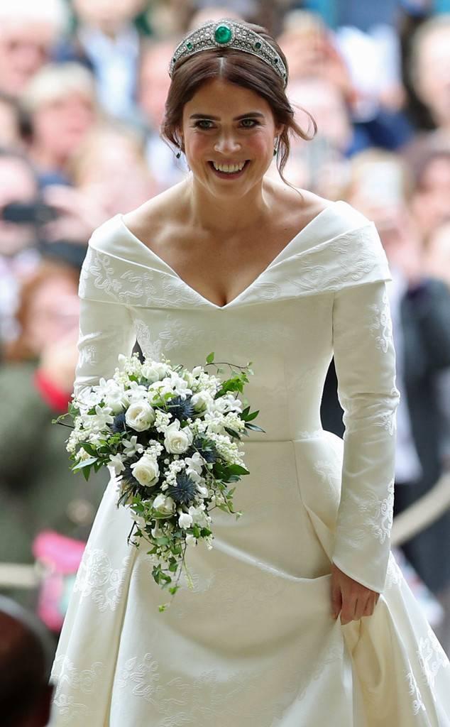 a52866b69d39 Prinsessan bar tiaran Greville Emerald Kokoshnik som hon lånat från sin  farmor, Drottningen.