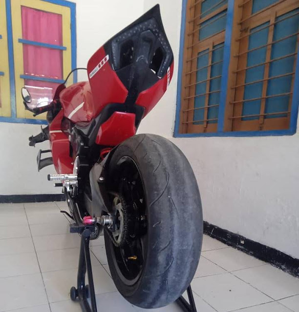 Byson Modif Moge, Gak Tanggung-Tanggung Jadi Ducati Panigale !!!