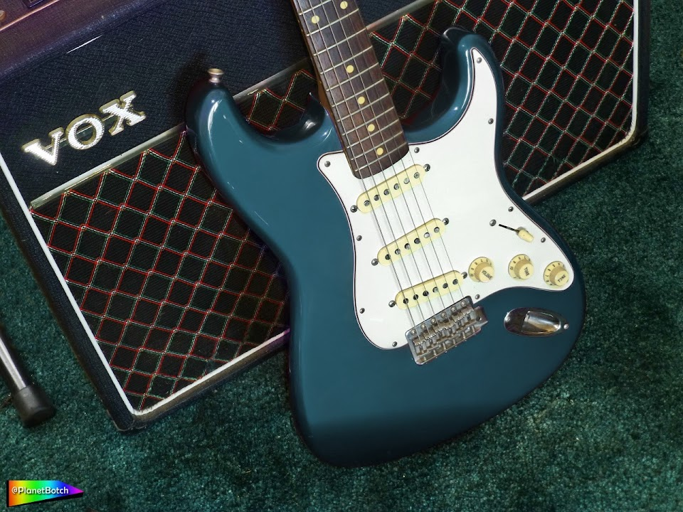 Lake Placid Blue Stratocaster